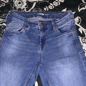 Mid-rise Rockstar Super Skinny Jeans
